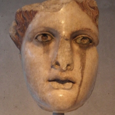 acropolis-museum-crying-statue