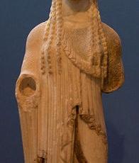 almond-eye-kore-acropolis-museum