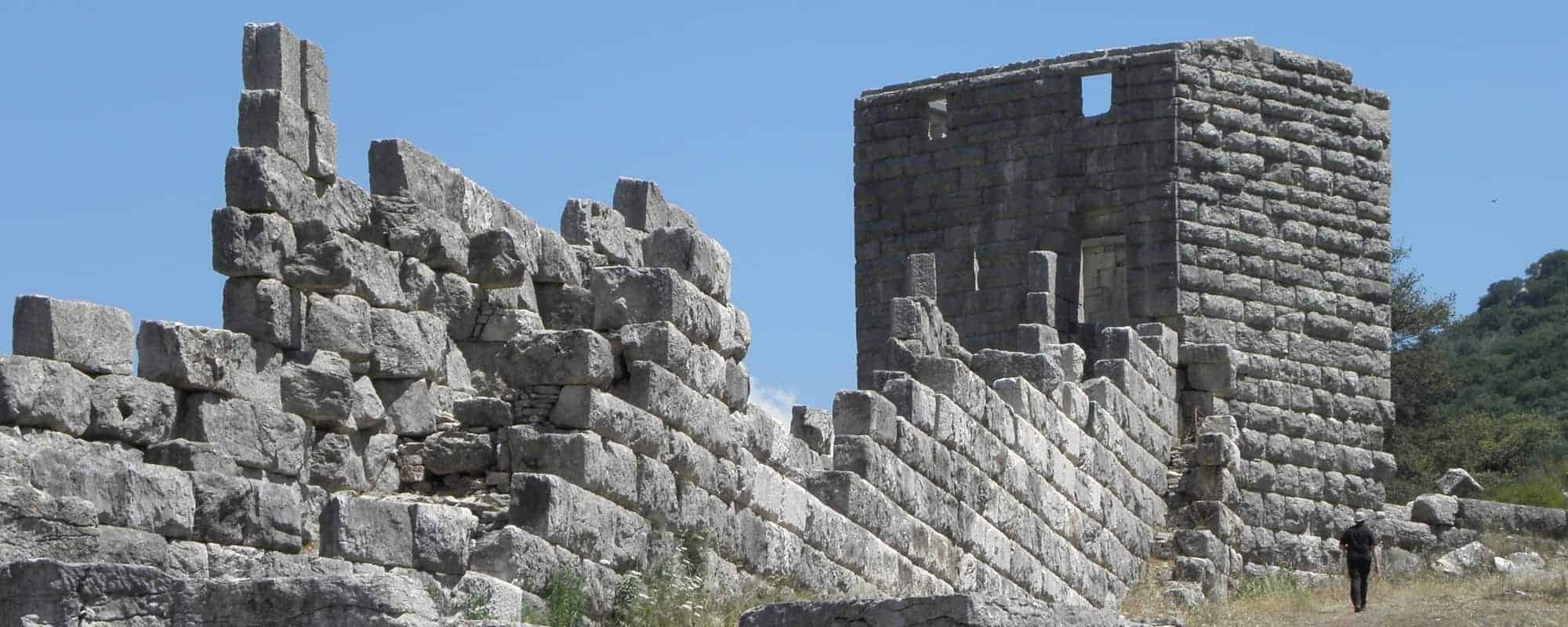 The walls and towers of Messene count among the best examples of Late Classical military architecture.