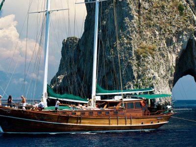 amalfi coast cruise italy